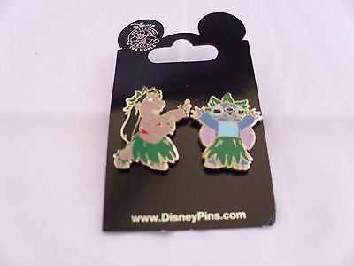 Disney * LILO & STITCH * HULA * 2 Pin Set * New on Card Trading Pins