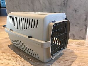 Pet kennel/crate