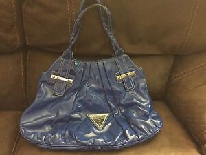 AUTHENTIC GUESS PURSES!!!