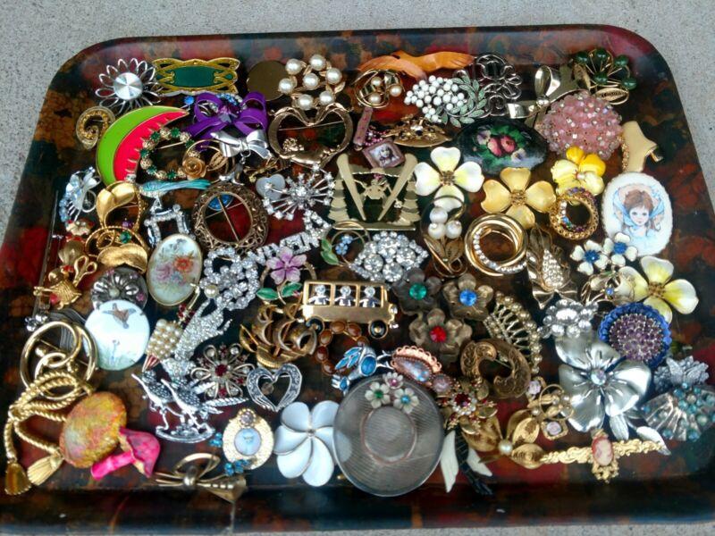 Costume Jewelry Estate Lot Brooch Pins Vintage Rhinestone Flower Plus 85pc