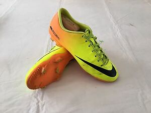 NIKE MERCURIAL VICTORY IV SOCCER CLEATS