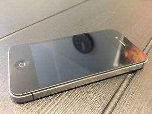 iPhone 4s with mophie juice pack pro battery case