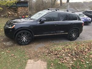 Touareg / Q7 / Cayenne / 5x130 22 inch rims and tires