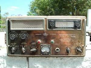 HF transceiver and Short Wave and Broadcast radio receiver Bundamba Ipswich City Preview