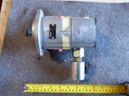 PARKER GEAR PUMP 35474 NEW