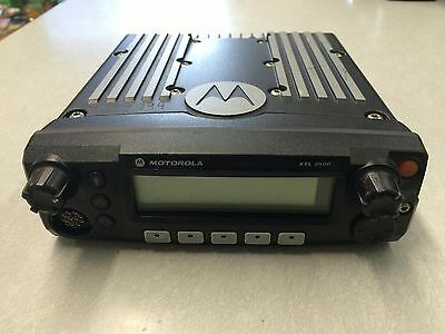 Motorola Xtl2500 P25 Digital 700800 Mhz Mobile Radio M21urm9pw2an Xtl5000 Apx