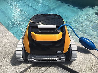 Poolroboter Poolsauger Dolphin E20 Poolreiniger Schwimmbad Roboter
