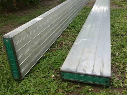 Aluminium planks 6 M  x 2