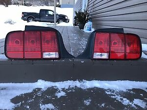 2005-2009 Ford Mustang Tail Lights