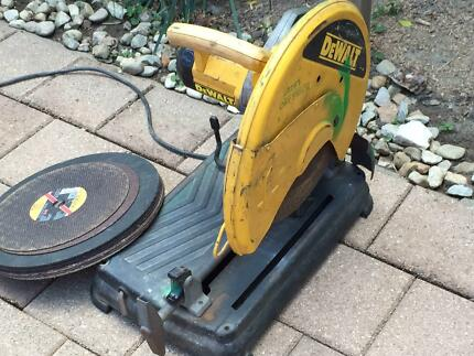 Drop Saw DeWalt DW871 Brinsmead Cairns City Preview