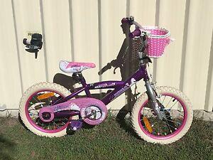 Girls bike Golden Beach Caloundra Area Preview