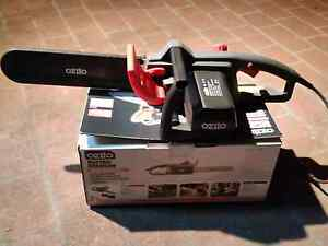 Electric Chain saw For Sale Bossley Park Fairfield Area Preview