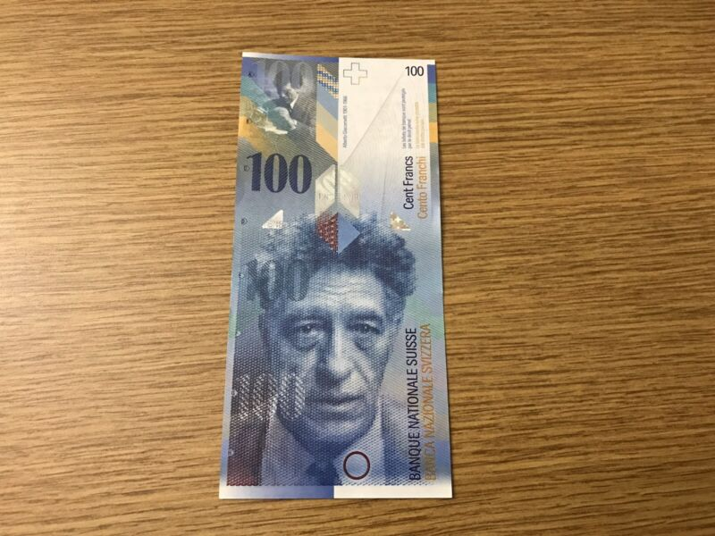 100 Switzerland Francs 2014 P-72 S/N. 14F7724401 AU