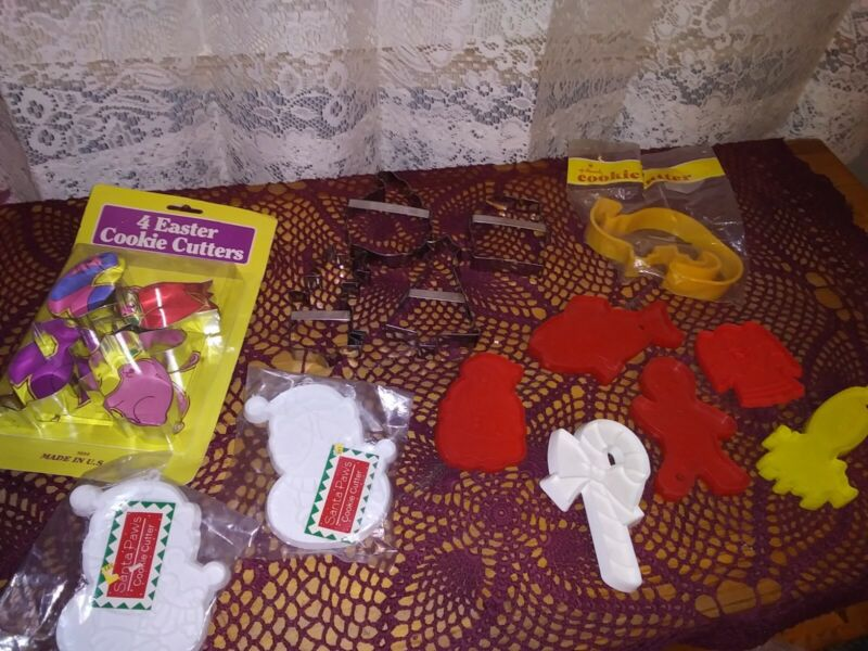 Vintage Cookie Cutters Lot Of 17