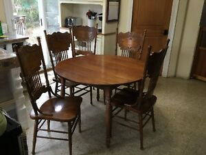 Antique Cherry Dinette Set