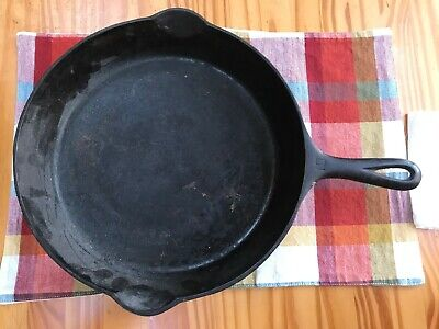 Vintage Griswold Small Logo 12