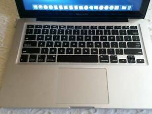 Macbook Pro 2012 ( Intel i5, 8 GB RAM, 120 GB HDD)