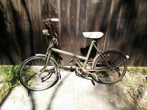 FREE TO RESTORER - BSA circa 1940s / 50's World War 2 era bicycle