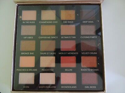 ICONIC LONDON 'DAY TO SLAY' EYE SHADOW PALETTE new with box