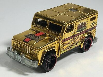 Hot Wheels Armored Truck Gold Chrome Burnerz Security Company HW City Works Car](Party City Hot Wheels)