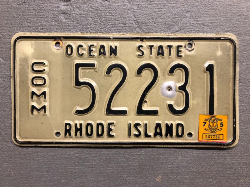 VINTAGE  RHODE ISLAND LICENSE PLATE OCEAN STATE 52231 COMMERCIAL 1975 STICKER