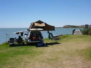 Pathfinder 2001 4wd Backpacker car with rooftop tent
