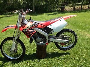 2001 Cr125. Ready to Rip.