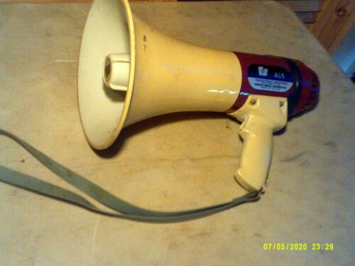 SIX FLAGS OHIO Federal Signal Corp. Transistorized Megaphone - Model A15