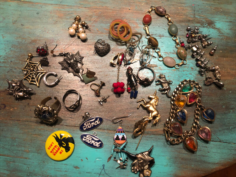 Vintage jewelry junk lot 55+ PCs. Craft & Wearable Pins Spiderwebs More