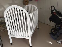 White baby cot Bonnells Bay Lake Macquarie Area Preview