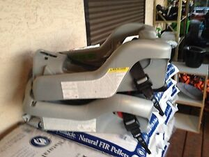 Mint condition car seat with 2 bases used for 16 months