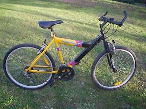 "DUNLOP TYPHOON CYCLING MOUNTAIN BIKE 21 SPEED BICYCLE 26"" TYRES F Malvern East Stonnington Area Preview"