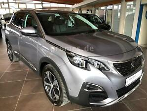 PEUGEOT 3008 Allure*Navi*Grip. Con.*Full Led*ACC