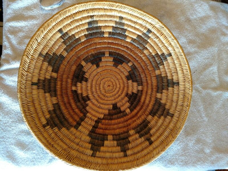 Vintage Navajo Large Wedding Basket 13 point