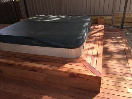 New decking, deck repairs, deck sanding, oiling and staining