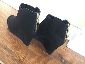 Black ankle bootie wedges. *NEW
