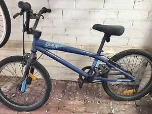 FREE Giant BMX bike Mile End West Torrens Area Preview