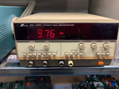 IWATSU SG-4101 FUNCTION GENERATOR