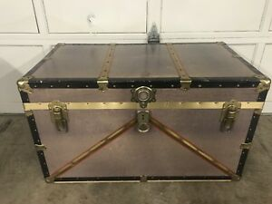 Like New Vintage Christie's Shipping Storage Trunk