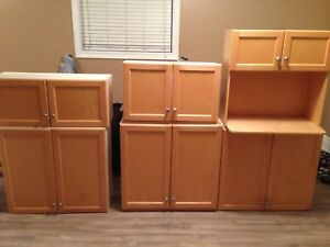 Upper cabinets for sale