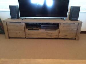 TV Unit and Coffee Table Bar Beach Newcastle Area Preview