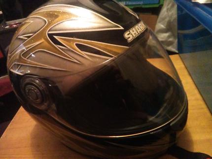 Shark full face helmet size L