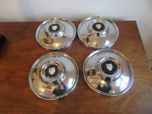 Vintage Jaguar Dog Dish  Automobile Wheel Hub Caps Set