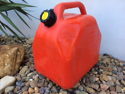 Scepter Petrol Jerry Fuel Can