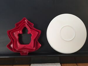 Tupperware holiday cookie cutter set