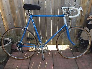 RALEIGH RECORD 10 SPEED ROAD BIKE