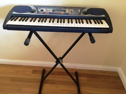 YAMAHA Keyboard PSR 260 with Stand in excellent condition Beecroft Hornsby Area Preview