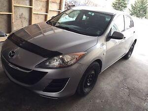 Mazda 3 2010 218000km  4500$