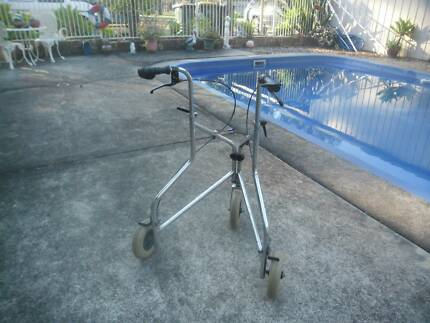 MOBILITY WALKER PERFECT INSIDE NAVIGATION STURDY ADJUSTABLE Grafton Clarence Valley Preview