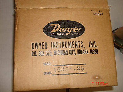 Dwyer Differential Pressure Switch Model 1635-.25